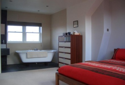 Bathroom/Bedroom