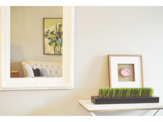 mirror modern home decor